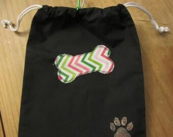 Dog walking bag.