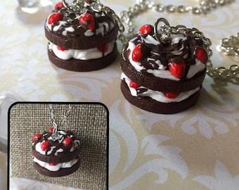Chocolate Strawberry Shortcake Necklace