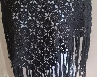 Bohemian black shawl with fringes