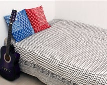 Zik Zak Ikat Print Handmade Cotton Kantha Bed Cover Quilt Throw Bedspread Blanket Reversible Bed Cover Gudri