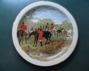 "Stunning Sampsonite England Fox Hunting Herring Hunt 9"" Porcelain Plate"