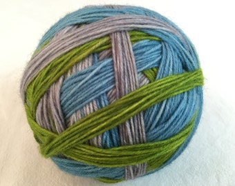 Hand dyed sock yarn stripes pattern