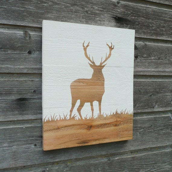 Wood sign deer in grass wall decor stag by nunusdeco - Comment enlever de la peinture sur du bois ...