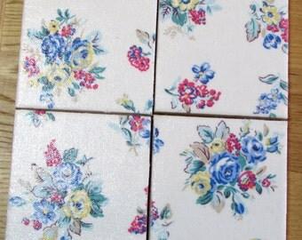 Gorgeous CATH KIDSTON Shabby Chic - Set of Ceramic Coasters - Highgate Rose White Fabric - Handmade