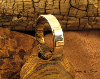 925 Sterling Silver and Bocote Ring