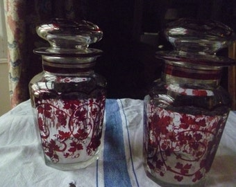 Pair of pretty glass jars with lids