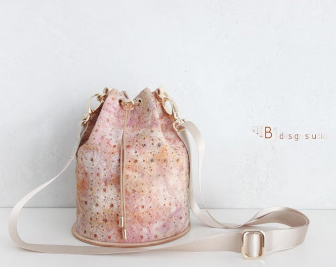 Batik Bucket Bag, Cotton Bucket Bag, Leather Bucket Bag, Colorful Crossbody Bag, Pink Color, Gift for Her, Handmade Bucket Bag