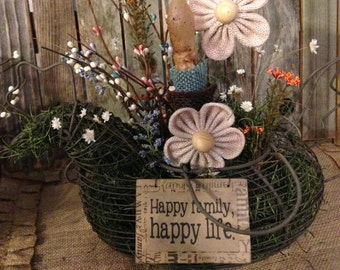 Wire Chicken Basket Floral
