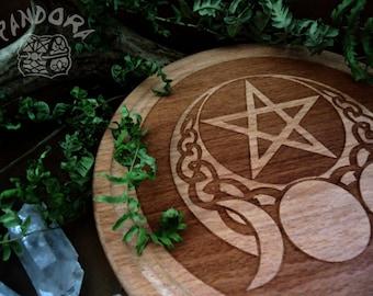 Altar pentacle, Moon
