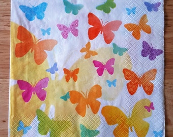 Set of 4 Pretty Pastel Butterflies Paper Lunch Napkins Decoupage Crafts Collage Scrapbooking  #005