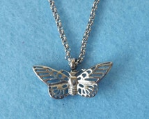 Butterfly Urn Necklace -  Cremation Urn Jewelry Ashes Holder Vial Keepsake Memorial jewellery Pendant Stainless steel