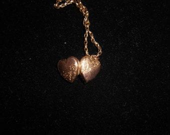 Women's solid rose gold antique Edwardian heart locket