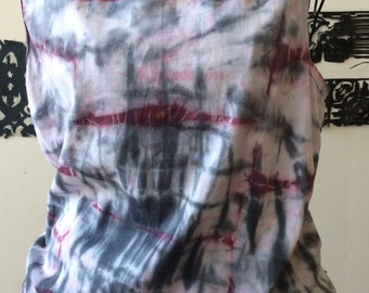 Hand dyed upcycled sleeveless shirt by Kate DeWolfe. Purple and gray print. Size large.