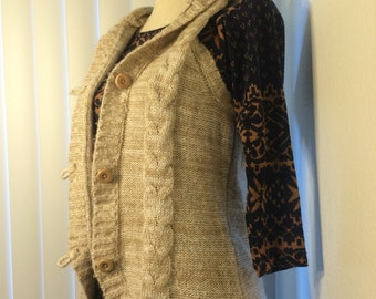 Thrifty Off-white Heather Cabled Sweater Vest Hoodie