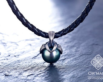 Pearl pendant Silver 925 - blackened and frosted with a Midnight-Blue Tahitian Pearl - no chain
