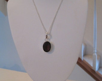 Garnet Color Quartz Glass Pendant Necklace