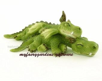 Miniature Fairy Garden and Terrarium Mini Dragons Cuddling Figurine