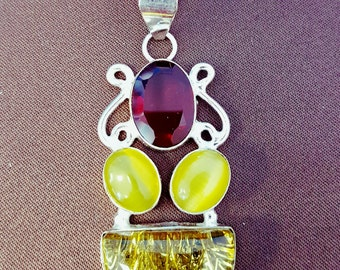 ruby pendant