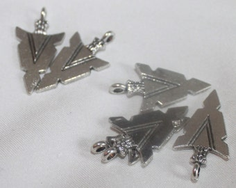 6 Arrowhead Charms or Pendants