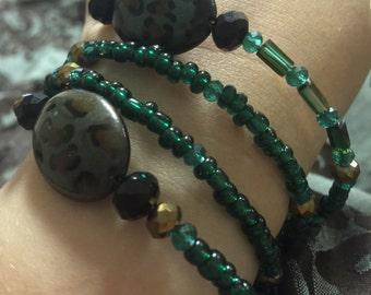 Leopard memory bracelet