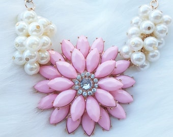Flower Necklace, pink flower necklace, pearl necklace, pink necklace, chic style, gold pearl necklace