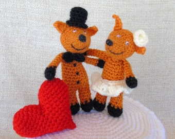 Foxes and heart wedding cake topper for your cake wedding figurine
