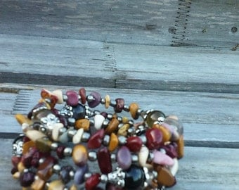 Gemstone chip bracelet