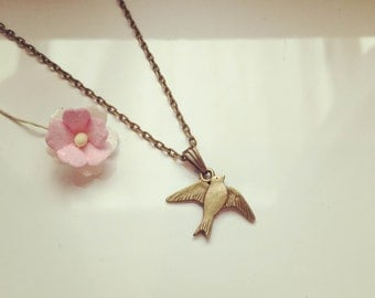 Necklace vintage, swallow, bird, flying, freedom