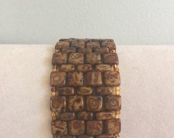 Brown marbled Czech beaded bracelet