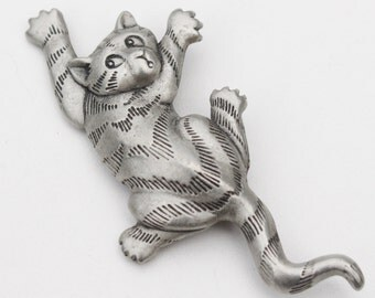 Cat Brooch Pewter
