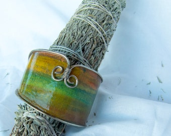 Waterpaper and Wire Bracelet. Handmade.
