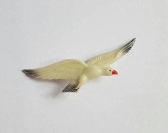 RARE Glow In The Dark Plastic Seagull Brooch 1950 60s. Novelty Kitch Bird in Flight Pin. Nautical.