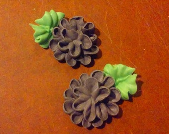 12 Royal Icing Pom Pom Flowers