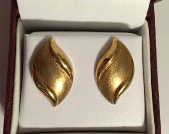 14k wave puff earrings