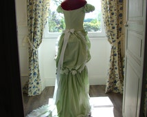 Green cotton twist wedding dress stretch clear to white style peas late 19th century