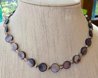 Shiny gray seashell ladies necklace