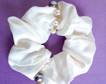 Japanese Kimono fabric Scrunchie - cream white with faux pearl beads