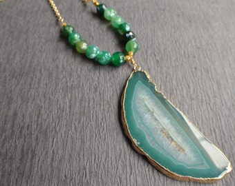 The Seraphina- Green Agate Pendant Gold Chain Necklace