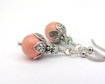 Coral Pearl Earrings, Coral Mint Earrings, Swarovski Crystal Pearls, Coral Wedding, Clip On Earrings, Bridesmaid Earrings, Wedding Earrings