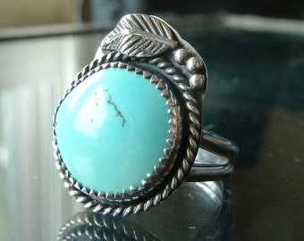 Turquoise Ring Sterling Silver Southwestern Native American Indian size 7 with feather