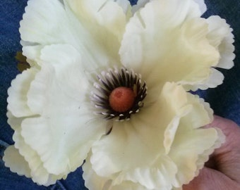 Vintage 1960s Silk Flower White Poppy Millinery Hat Supplies Boutonnière 20141020K105