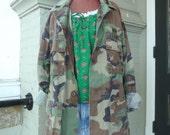 Vintage Green MILITARY CAMO Camoflage Jacket sz L / XL osfm