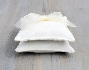 Pair of Ivory Jacquard Lavender Sachets, Romantic Shabby Decor