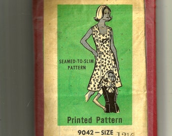 Printed Pattern Blouse and Jumper or Dress Pattern 9042