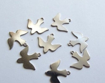 ON SALE Vintage silver colour bird swallow charms