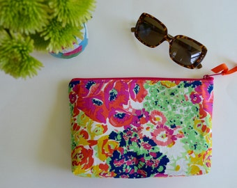 Big Floral Zipper Pouch - Modern Cosmetic Bag - Make up Pouch - Green Pink Mint Blue Pouch - Floral Make up Bag