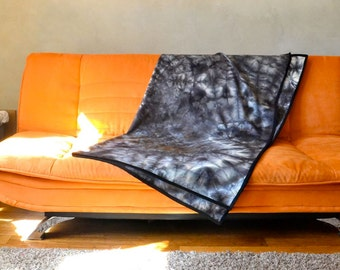 Stunning Black Throw Blanket / Eco Natural Dye 100% Wool Gothic Shades of Gray Tie Dye