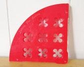vintage lattice pie cutter