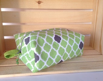 Green Contemporary Knitting Project Bag - Knitting Project Bag - Boxy Knitting Project Bag - Boxy Bag - Toiletry Bag