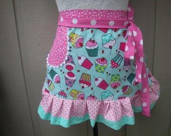 Aprons - Womens Pink Cupcake Aprons - Monogrammed Aprons -  Blue cupcake Aprons - Handmade Aprons - Annies Attic Aprons - AnniesAttic Aprons
